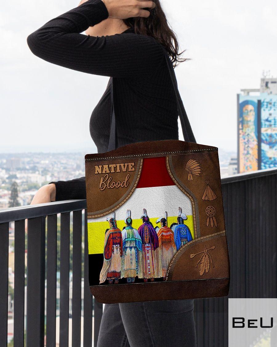 Native Blood as leather tote bag3