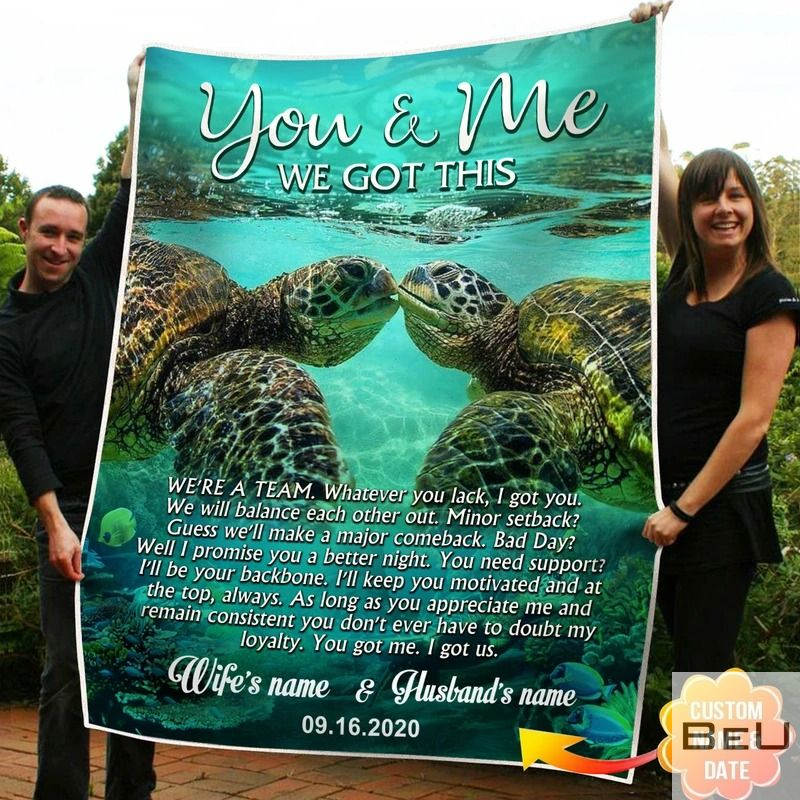 Personalized You And Me We Got This Turtle Fleece Blanket_result