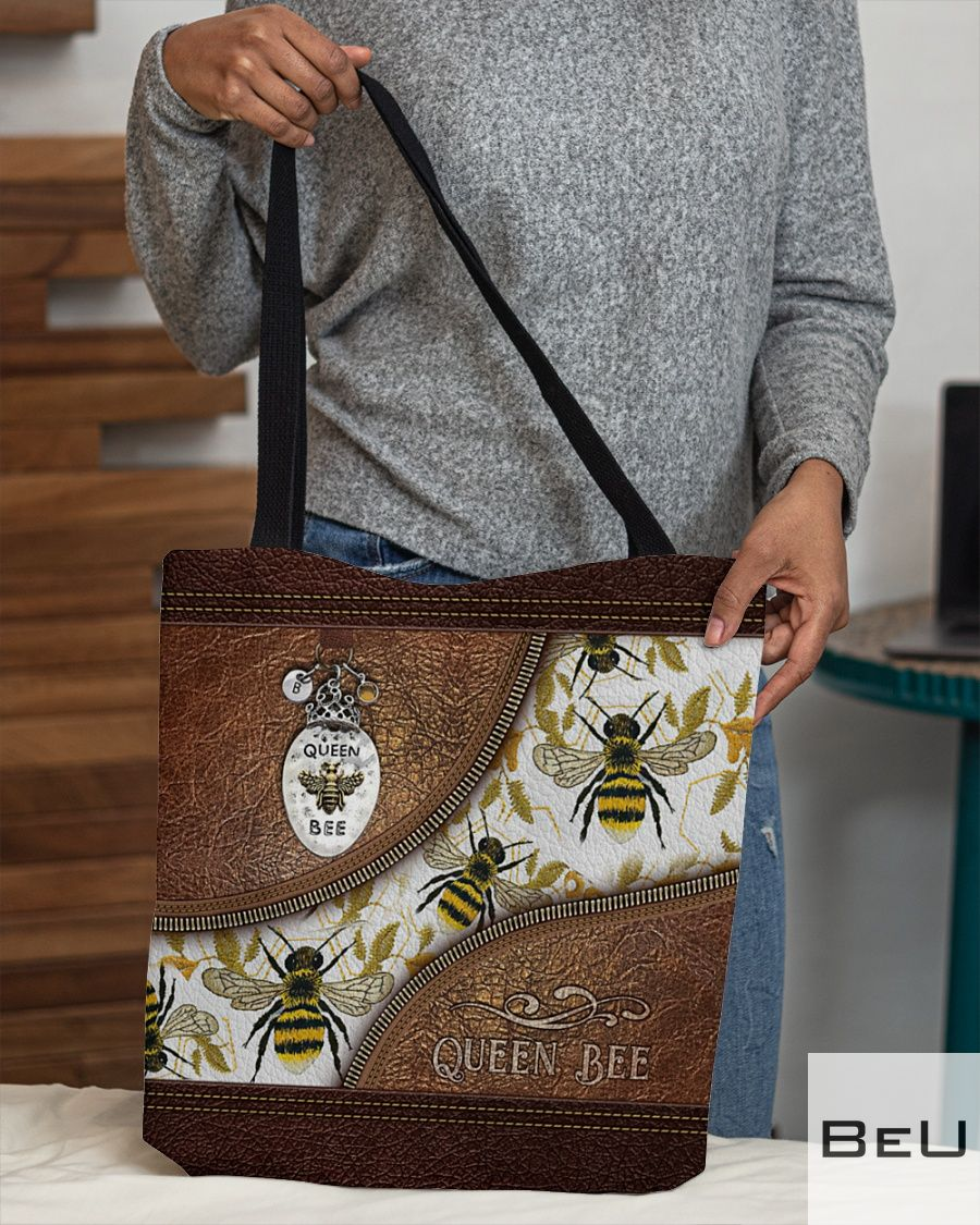 Queen Bee Leather Pattern Print Tote Bag3