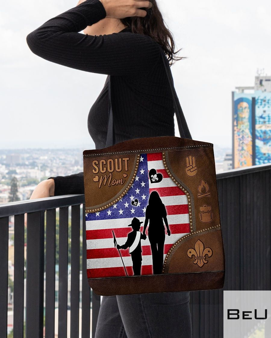 Scout Mom as leather tote bag3