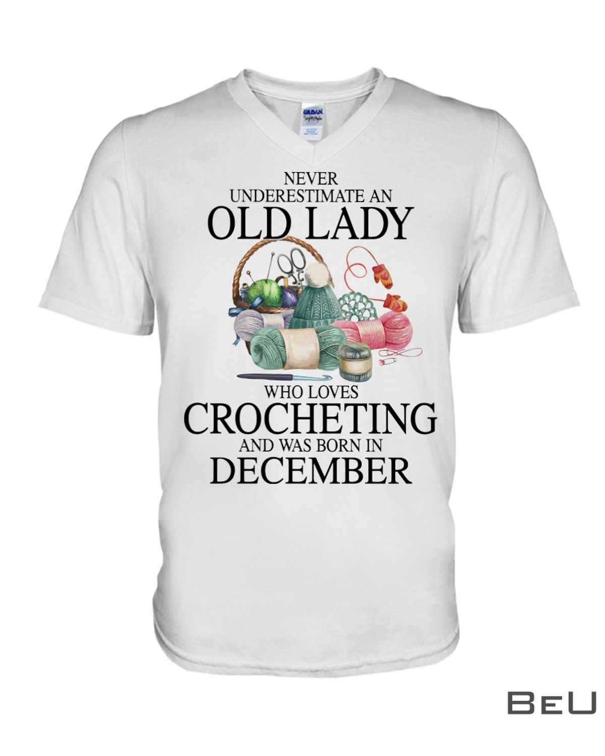 Never underestimate an old lady who loves Crocheting and was born in December shirtx