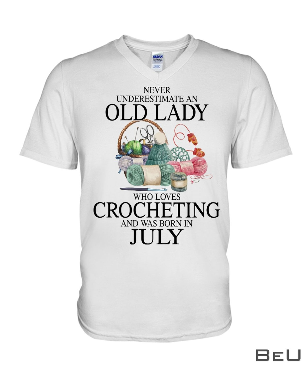 Never underestimate an old lady who loves Crocheting and was born in July shirtx